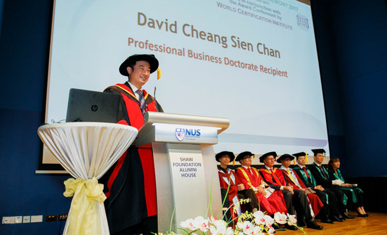 Dr David Cheang delivering his thank-you speech